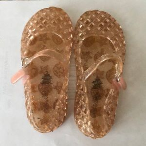 Old navy jelly shoes, size 9 pink